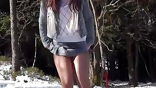 Hot ass jogging girl taking..
