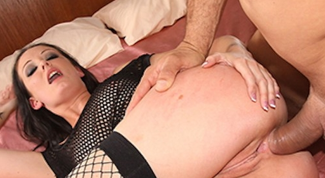 Haily Young enjoys anal -..